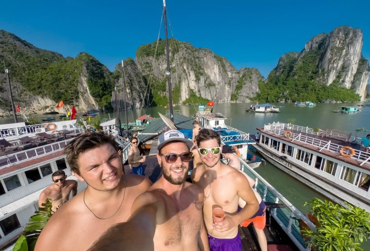 Halong Bay Junk Boat Cruise
